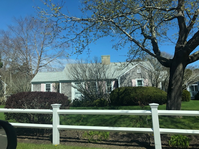 bye boston time for island life martha s vineyard and. Black Bedroom Furniture Sets. Home Design Ideas